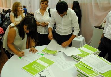 Se entregaron 191 escrituras a vecinos de Villarino