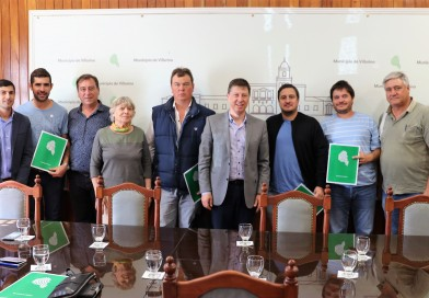 El intendente firmó un convenio cultural con instituciones de Villarino