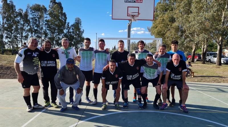Bevilacqua inauguró un nuevo playón deportivo en Médanos